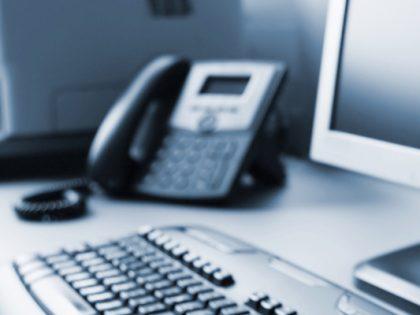 Empresas investem em telefonia via internet para reduzir custos